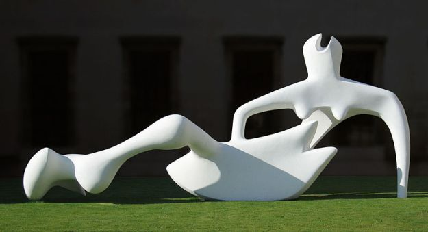 Reclining Figure (1951), Henry Moore; Fitzwilliam Museum, Cambridge